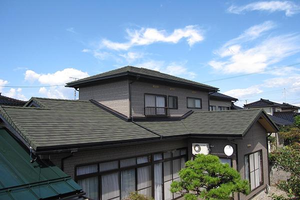 倉敷市の屋根カバー工法メニュー ディプロマット 99.8万円