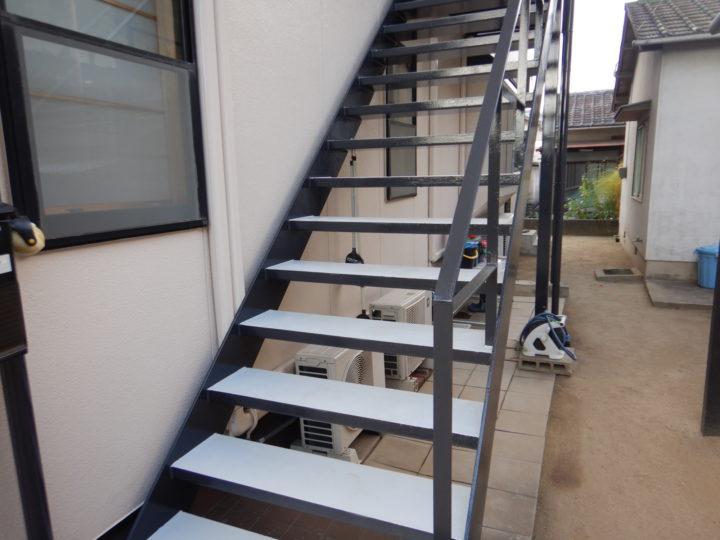 外部階段塗装